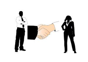 לחיצת ידיים להעסקת עובדים